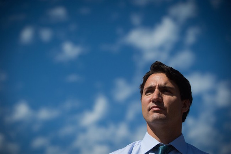 Liberal Leader Justin Trudeau tours Jericho Beach Park before announcing his environmental platform in Vancouver, B.C., on Monday June 29, 2015. THE CANADIAN PRESS/Darryl Dyck