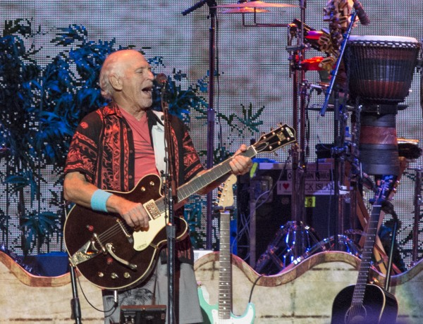Jimmy Buffett and The Coral Reefers @ Rogers Arena in Vancouver