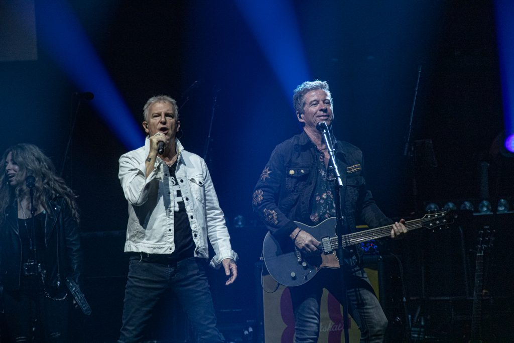 Glass Tiger at Rogers Arena on Jun 25, 2019 by Tom Paillé-0084