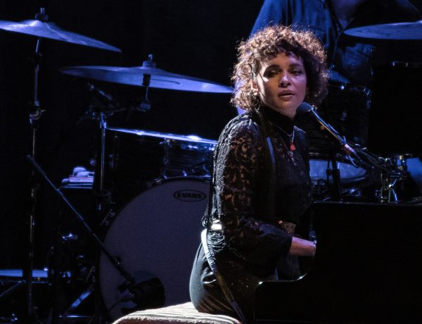 Photos: Norah Jones | Orpheum Theatre