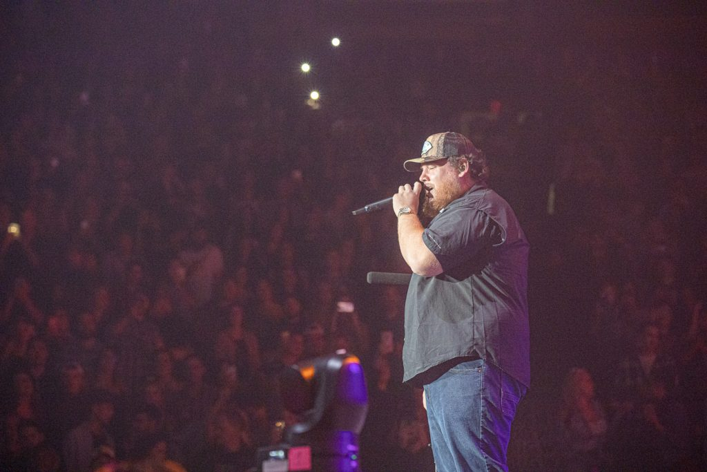 Luke Combs at Rogers Arena Oct 19, 2019 by Tom Paillé-4979