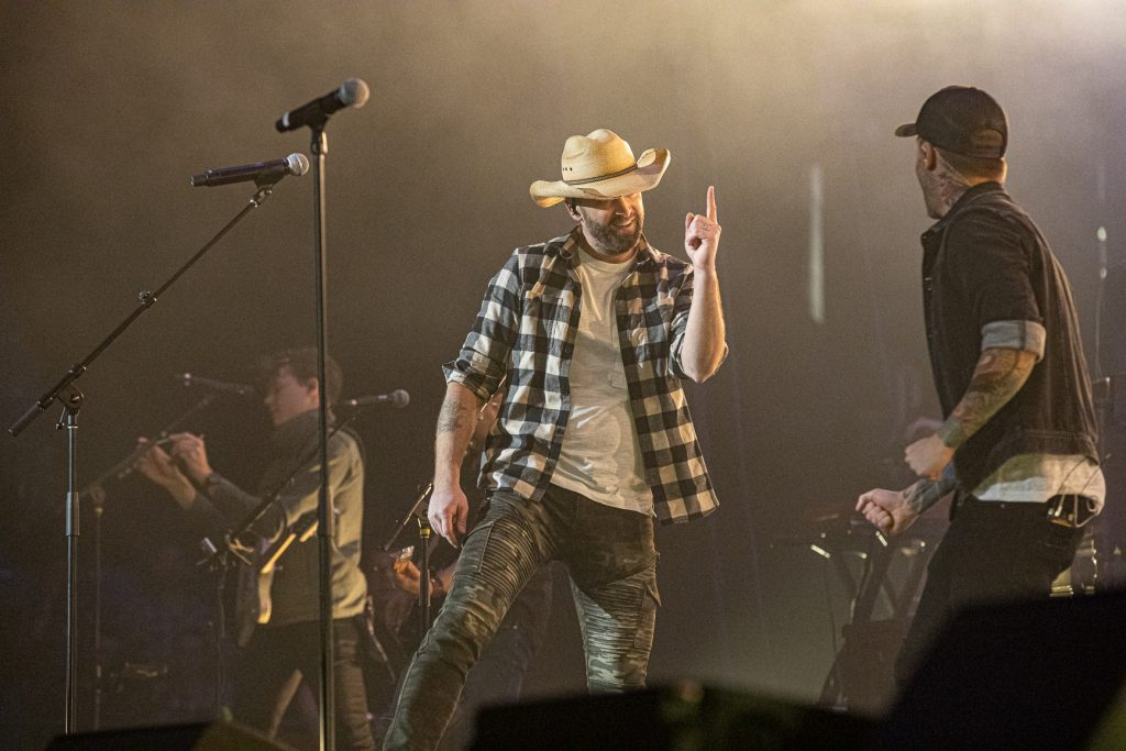 Dallas Smith and Dean Brody at the AEC on Oct. 26, 2019 by Tom Paillé-6093