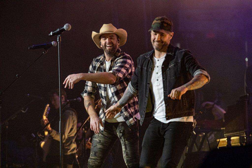 Dallas Smith and Dean Brody at the AEC on Oct. 26, 2019 by Tom Paillé-6096