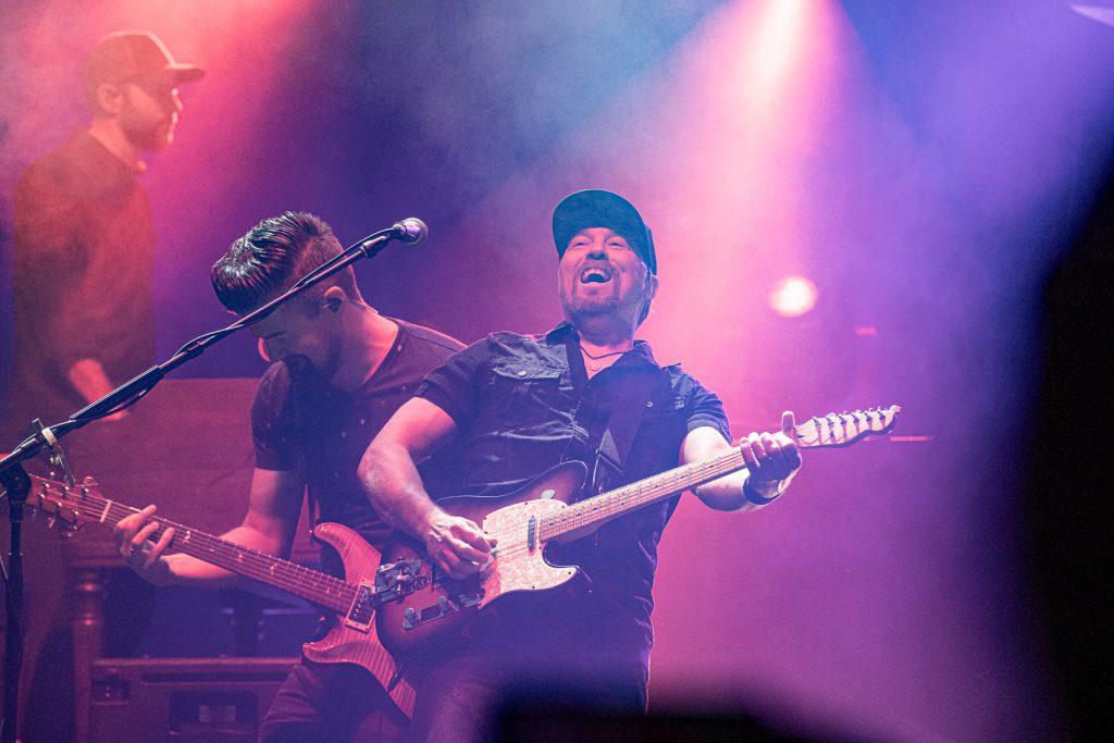Dallas Smith and Dean Brody at the AEC on Oct. 26, 2019 by Tom Paillé-6122