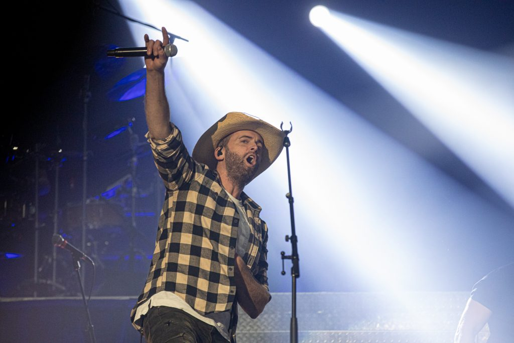 Dean Brody at the AEC on Oct. 26, 2019 by Tom Paillé-6042