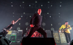 Photos: ALEXISONFIRE with The Distillers | Pacific Coliseum