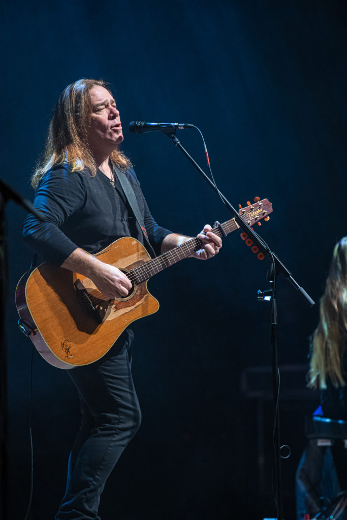 Alan Doyle at the Queen Elizabeth Theatre Mar. 8, 2020 by Tom Paillé-1