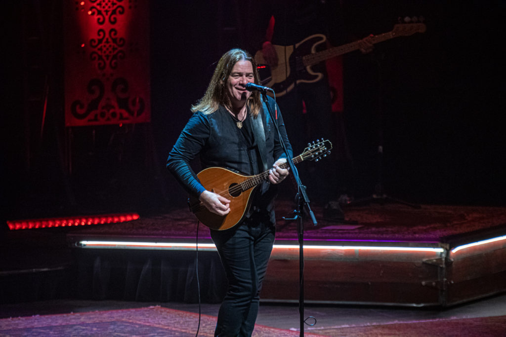 Alan Doyle at the Queen Elizabeth Theatre Mar. 8, 2020 by Tom Paillé-11