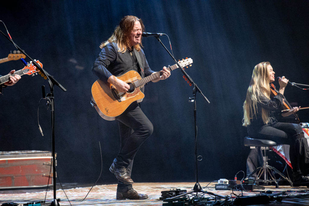 Alan Doyle at the Queen Elizabeth Theatre Mar. 8, 2020 by Tom Paillé-7
