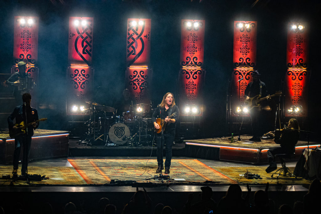 Alan Doyle at the Queen Elizabeth Theatre Mar. 8, 2020 by Tom Paillé-8