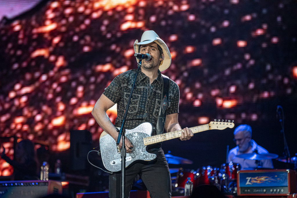 Brad Paisley at the AEC Mar 7, 2020 by Tom Paillé-10