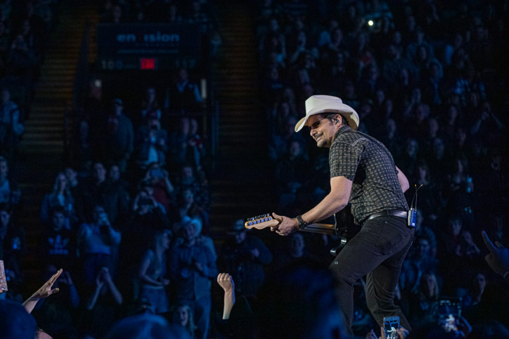 Brad Paisley at the AEC Mar 7, 2020 by Tom Paillé-13