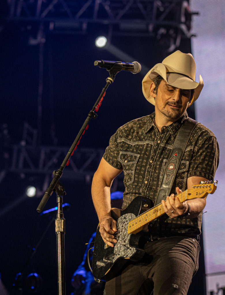 Brad Paisley at the AEC Mar 7, 2020 by Tom Paillé-2