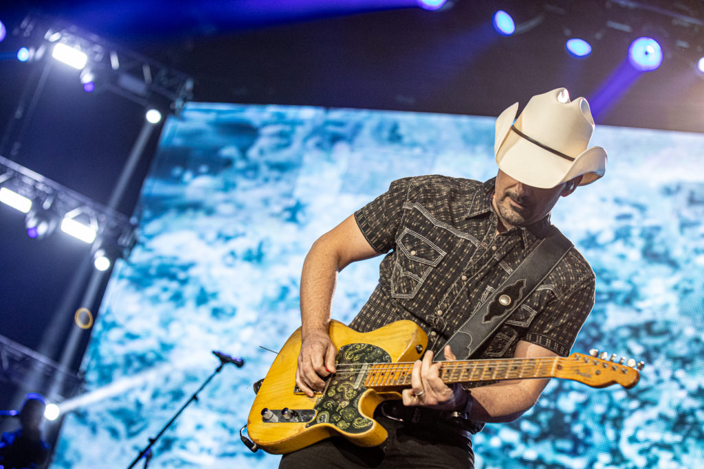 Brad Paisley at the AEC Mar 7, 2020 by Tom Paillé-22