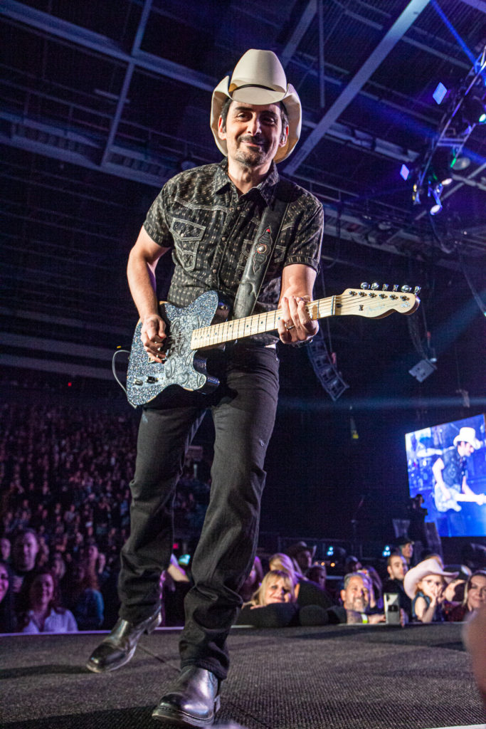 Brad Paisley at the AEC Mar 7, 2020 by Tom Paillé-28