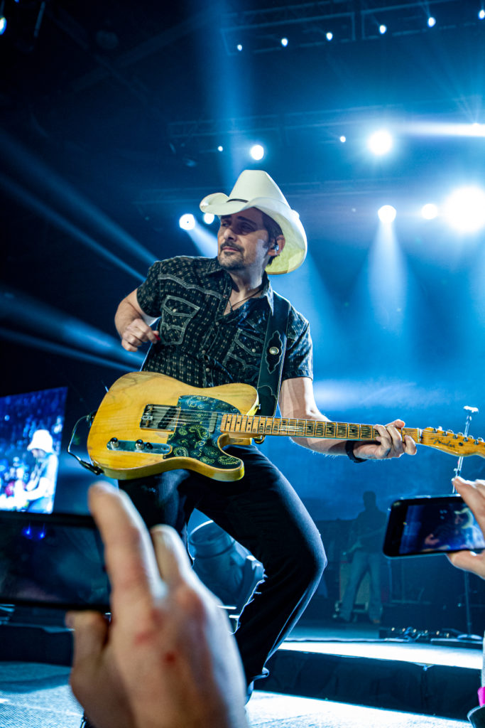 Brad Paisley at the AEC Mar 7, 2020 by Tom Paillé-32